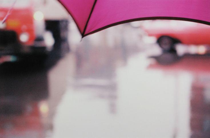Saul Leiter - Purple umbrella - 1950s