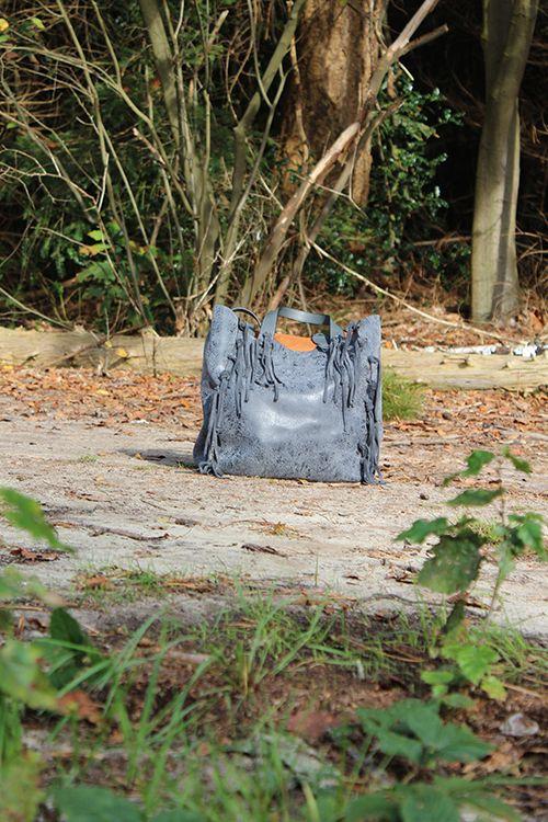 David Jones bag Fringes black € 69,95 #davidjones #tas #tassen #bag #fringes #bohemian #black #zwart #accessoires #mode #webshop #inspiratie #moderood #moderoodblog