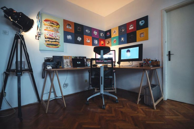 Japanese Artists Show Off Their Workspaces