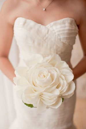 Praise Wedding » Wedding Inspiration and Planning » 20 Romantic Bridal Bouquets