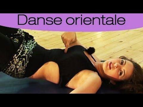 Danse orientale : Apprendre les 3 mouvements de débutants - YouTube