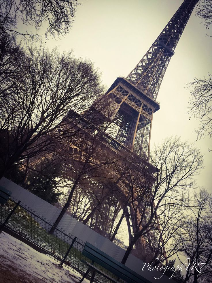 #photography #tower #eiffel #paris #amazing #snow #photo by #photographer @tiagorebelo17 TR7