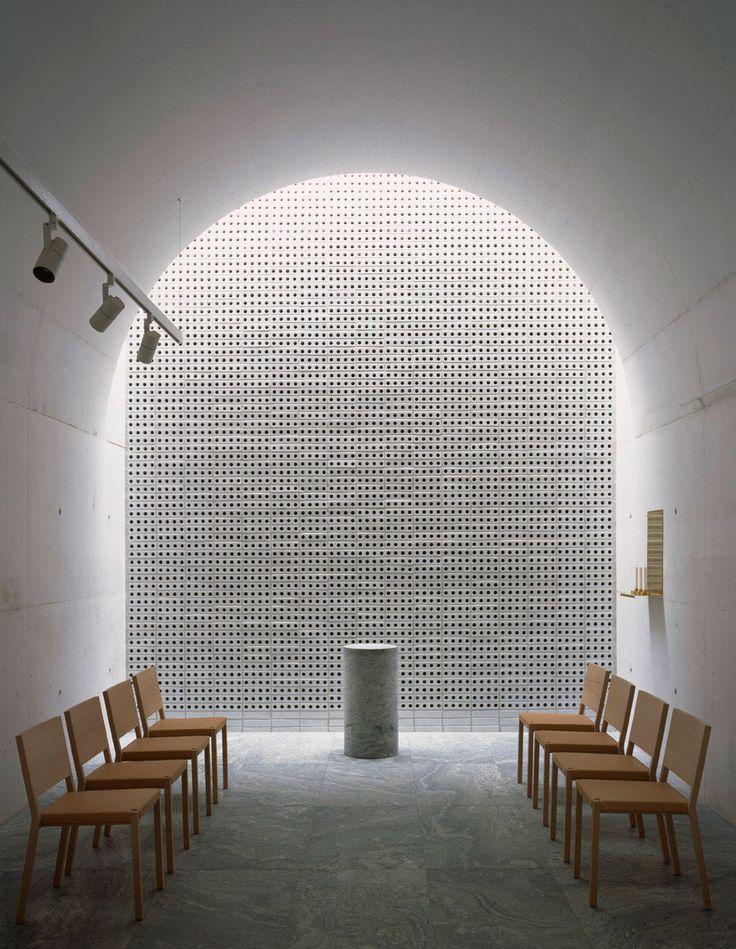 The New Crematorium at the Woodland Cemetery JOHAN CELSING ARKITEKTKONTOR
