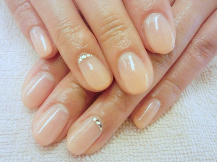 simple bridal nails ideas