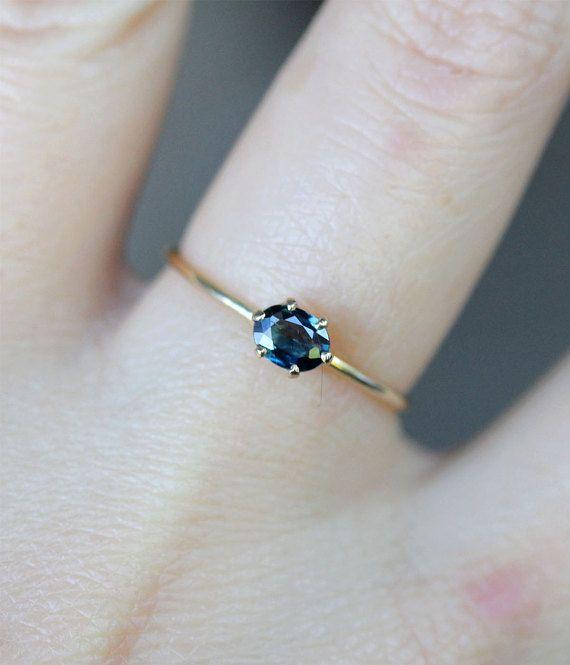 Blaue Prinzessin Blauer Saphir 14K Gold Ring