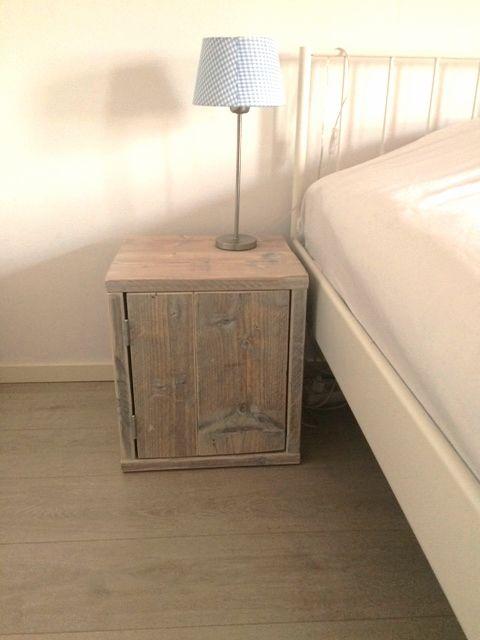nachtkastj steigerhout deur - Google zoeken