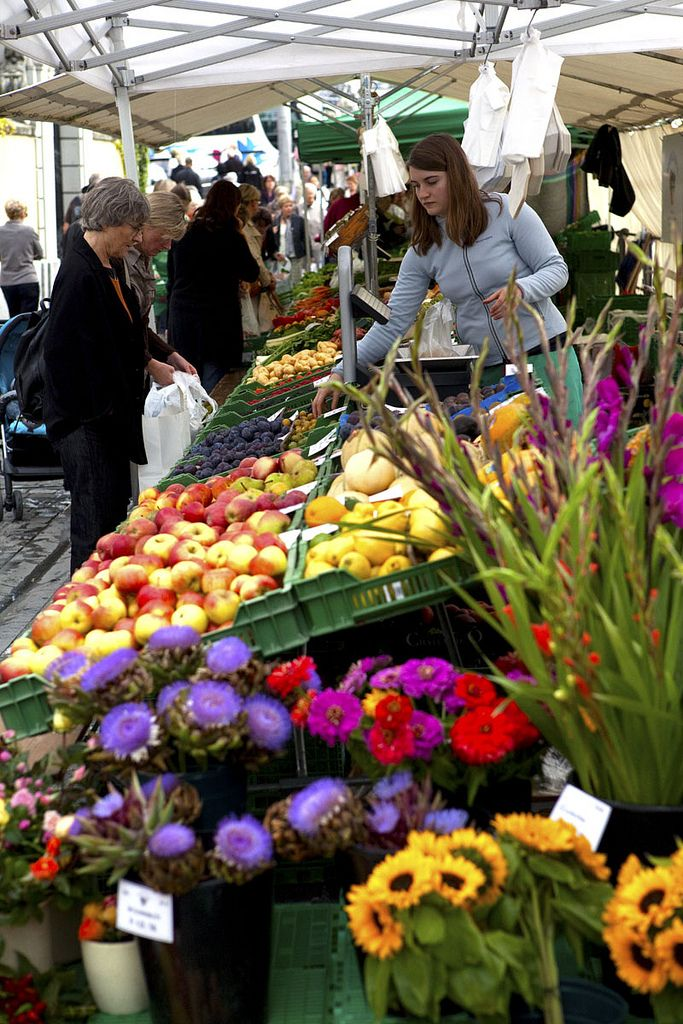 farmers market, Lucerne, Switzerland