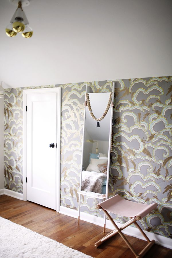 1000 Ideas About Wallpaper Accent Walls On Pinterest