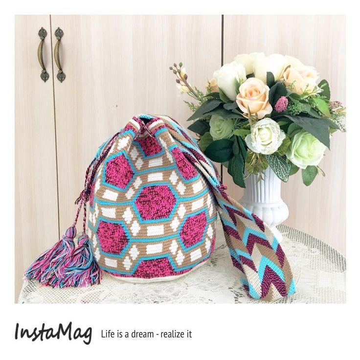 20 отметок «Нравится», 2 комментариев — Vintage Naw Jum Wayuu Bags (@jum_tumsuk) в Instagram: «Wayuu Bags รุ่นไหม 7 สี size L พร้อมส่งคะ ราคา 4500 สนใจสั่งซื้อ add line  jum_tumsuk…»