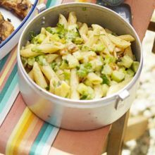 Curried pasta salad