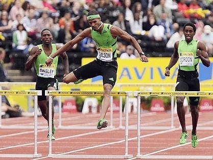 15.En agosto de 2011, ganó los 400 metros con vallas en el Aviva Grand Prix de Londres al parar el cronómetro en 48.33 segundos. El evento es parte de la Liga Diamante. (AP/Shuji Kajiyama)