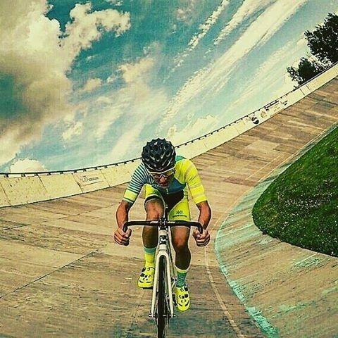 Photo: @gspcycling Use #JustBikeIt or tag us your photos for a chance to be featured! ----- #bicycle #bike #road #mountainbike #roadbike #instabike #bikestagram #cyclegram #ridesafe #bicycleporn #outsideisfree #roadporn #wymtm #goprocycling #goproeverything #vscocycling #triathlete #cycling #cyclingphotos #cyclingshots #bicycling #iamspecialized #giant #yeti #cannondale #gtbicycles #fixie #trek #shimano
