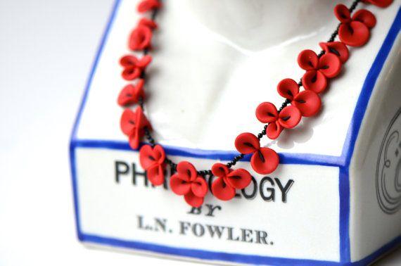 Collier en argile polymère fleurs orchidées rouges avec par gewgaws