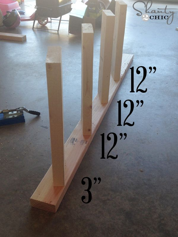space-boards-12-inches-apart blanket ladder DIY
