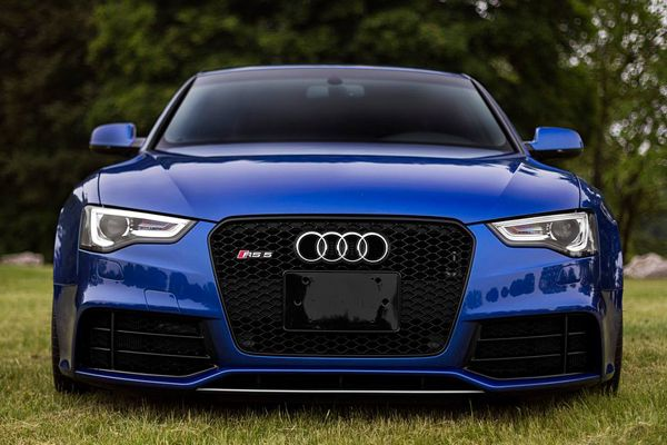 Audi....................look into my eyes and be amazed......