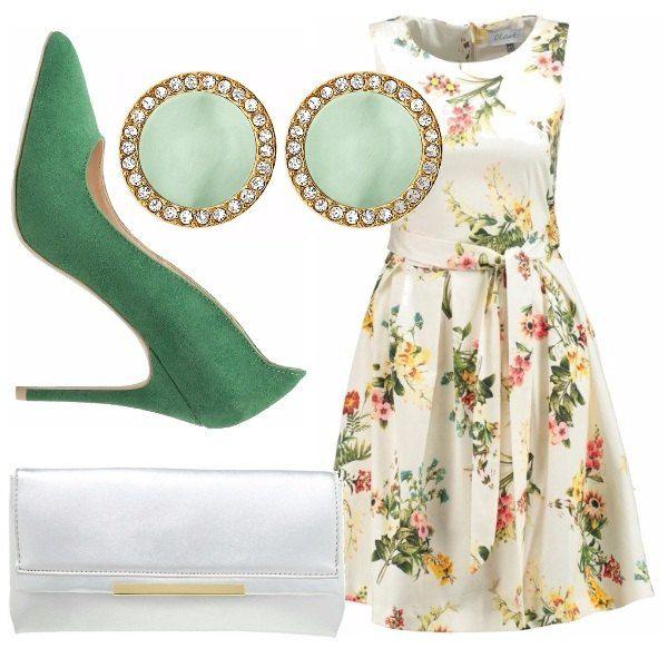 Come essere elegante, con pochi accessori, sfoggiando un bellissimo vestito a fiori, scarpe con tacco verde menta, borsa silver, orecchini con strass e pietra verde!