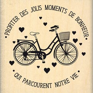 Profiter des jolis moments de bonheur qui parcourent notre vie.