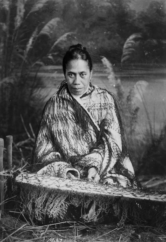 Topic: Korowai style of cloak | Collections Online - Museum of New Zealand Te Papa Tongarewa