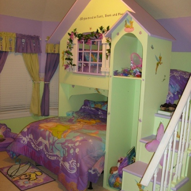 Tinker Bell room.....This would be so cute for Sofia