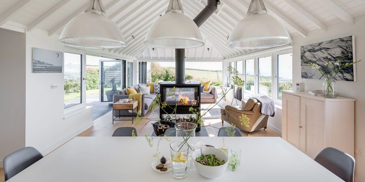 Woodford Architecture + Interiors