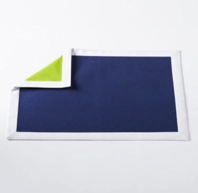 Love this bold coloured reversible napkin! Ready for any type of occasion.