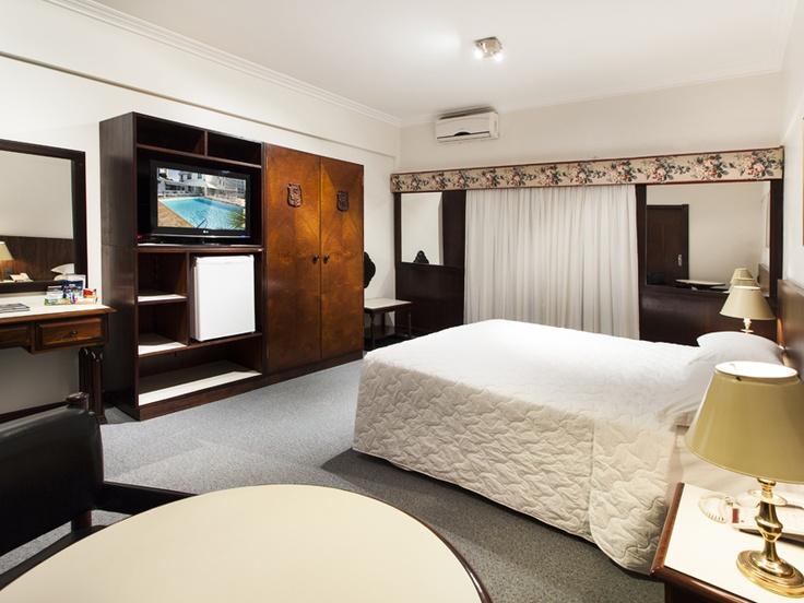 Apartamento do Plaza Blumenau Hotel, em Santa Catarina. Foto: Dr. Pictures