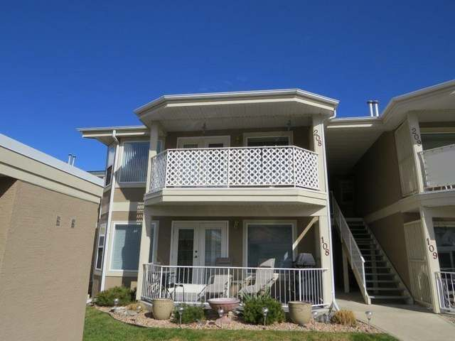Townhouse in Penticton $299900.00