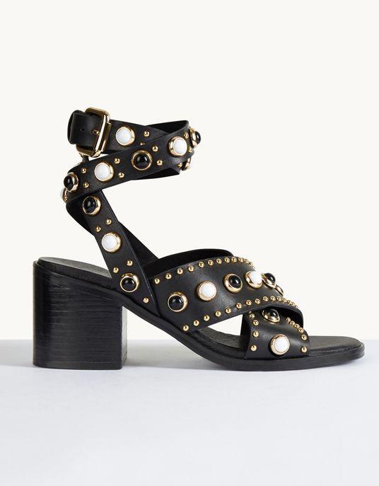Sandales cloutées à talons, Maje, 375 €.