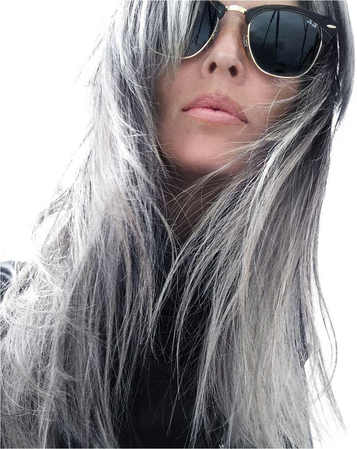 » A grey confession – growing out grey hair ANNIKA VON