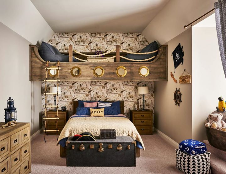 How Cool Is This Pirate Themed Bedroom We Love The Loft Above The Bed Would Your Kids Want Something Bedroom Themes Pirate Room Decor Pirate Bedroom Theme