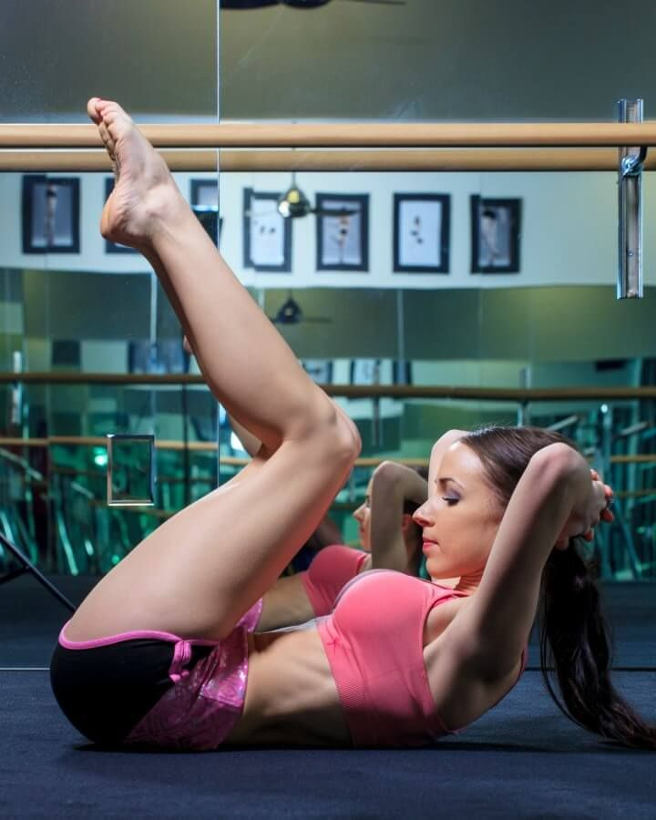 Reverse Crunch to work lower and upper abs ohsweetbasil.com.jpg
