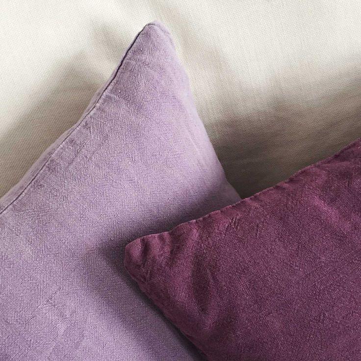 Kuddfodral - soffkudde i elegant linne  Linnekudde 45 x 45 cm - kuddfodral  Kuddar kan göra underverk när du ska förnya rummetHärlig färg för soffa och säng