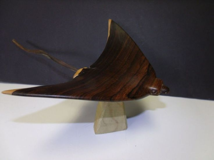 Sculpture: Lovely Handcrafted Wooden Sculpture Of Manta Ray Made In Belize Wood Unknown
