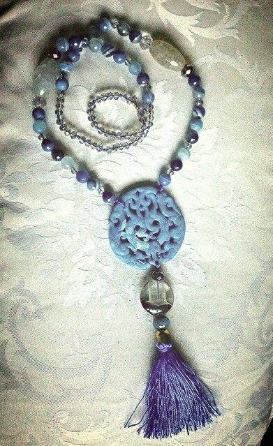 Mi collar de jade tallado a mano, agata y cristal de murano. Te gusta???