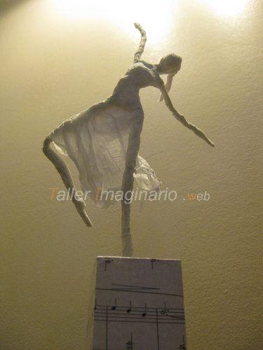 Esculturas de Papel Maché