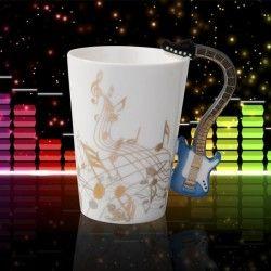 Anneler gününde ne alabilirim kupa bardak çeşitleri için http://www.hediyepaketim.com/anneler-gunu-hediyeleri