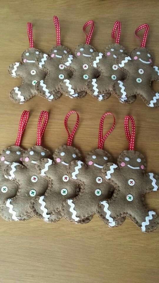 bonhomme pain d'épices de Noël décoration de sapin en feutrine