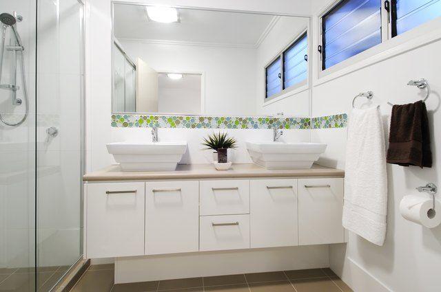 10 Oddly Clever Ways To Use Shaving Cream Ehow Com White Master Bathroom Best Bathroom Vanities Master Bathroom