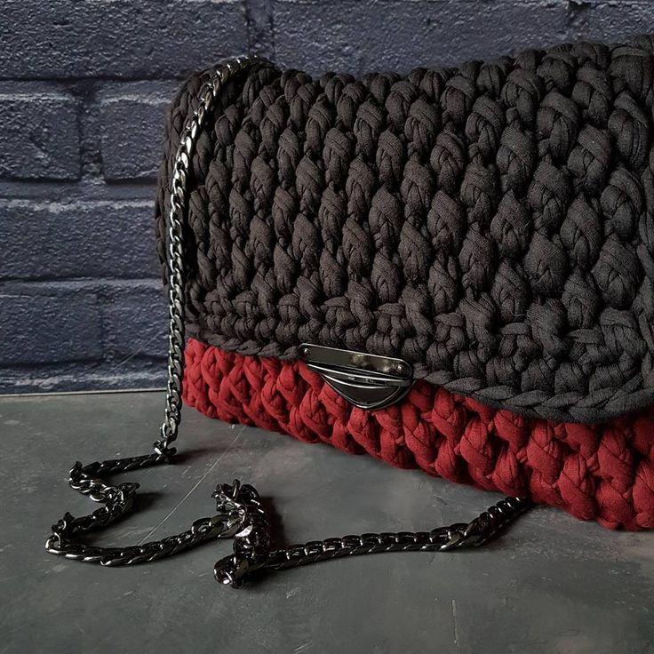 いいね!95件、コメント23件 ― Julia Stepanovaさん(@little_nordic_fox)のInstagramアカウント: 「...кто сказал, что вязаные сумочки только для лета?)))... на мой взгляд, вполне осенняя красотка...…」