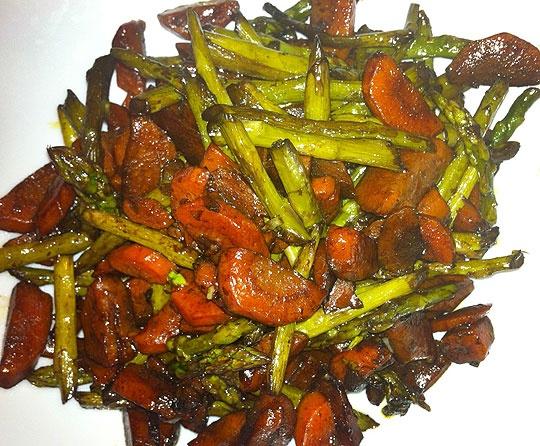 Maple Roasted Carrots & Asparagus