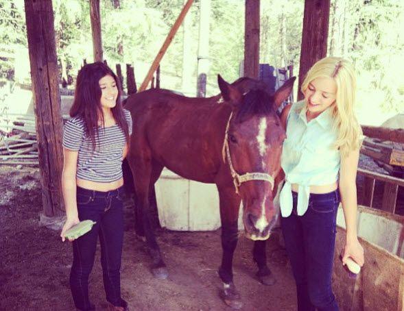 Nice Peyton List And Jasmine Sky Horseback Riding