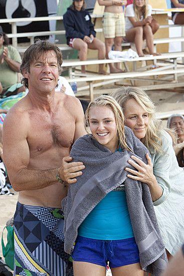 "Dennis Quaid, Helen Hunt, and AnnaSophia Robb in ""Soul Surfer"""