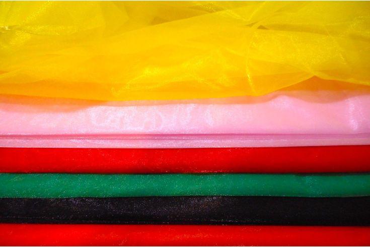 Gasa transparente de carnaval en variedad de colores, este tejido es semitransparente, vaporoso y un poco rígido. Tacto suave y fino. Ideal para disfraces vaporosos, con transparencias, también se utiliza para la decoración...#Gasa #gasa cristal #sparling #organza #tela #lisa #carnaval #disfraces #decoración #traslúcida #liviana #vaporosa #fina #blusas #pañuelos #chales #chaquetas #confección #telas #tejido #tejidos #textil #telasseñora #telasniños #comprar #online #comprartela…