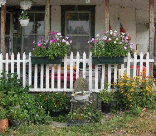 Best 25 Picket Fence Garden Ideas On Pinterest Picket
