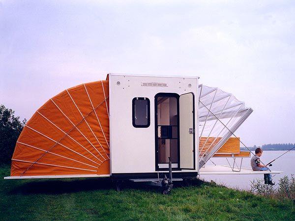 On a trouvé la caravane parfaite pour partir en vacances ! Le concept est juste génial !