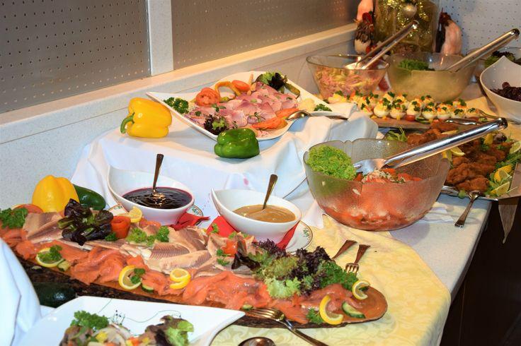 Kärntner Bauernbuffet (einmal in der Woche) - www.almrausch.co.at