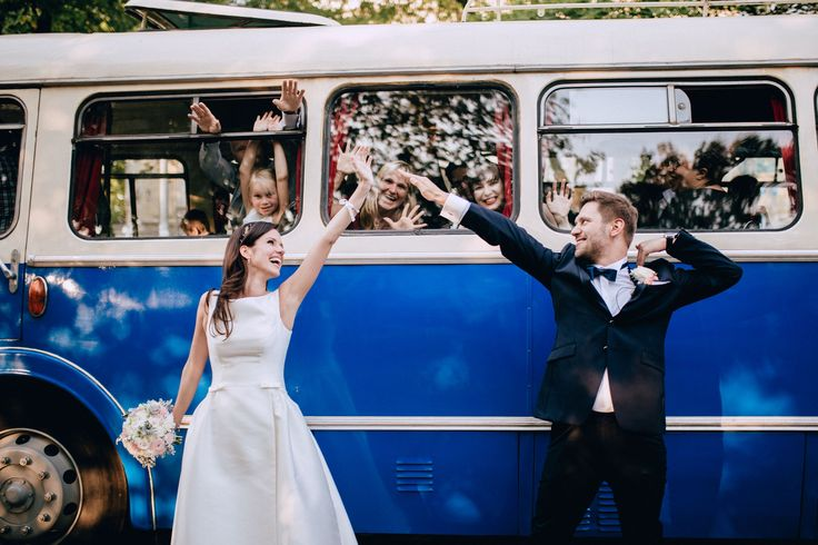 Wedding Studio Słoń: #wedding #realwedding #warsaw #polandwedding #bride #groom #retrobus