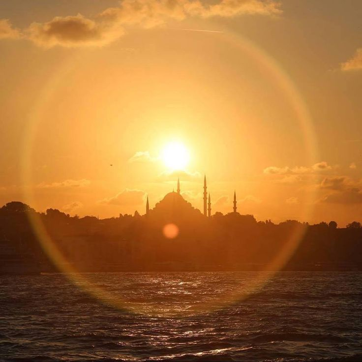 The stunning skyline of Istanbul never ceases to amaze and inspire.