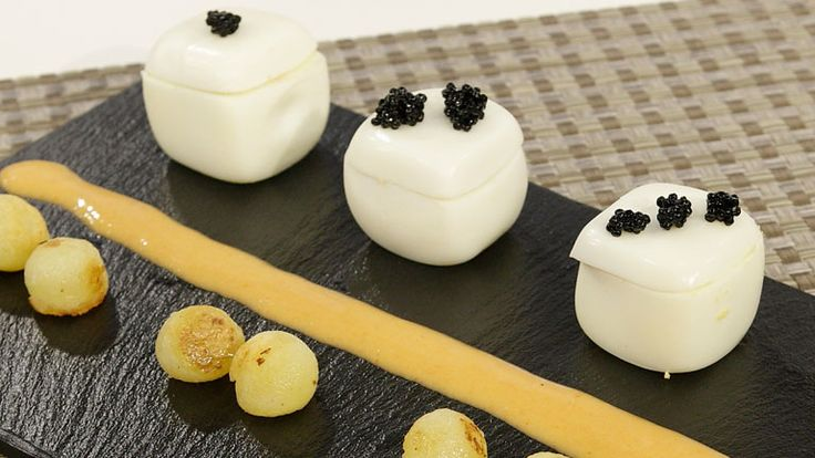 Cómo preparar Huevos rellenos con crema de atún - RTVE.es