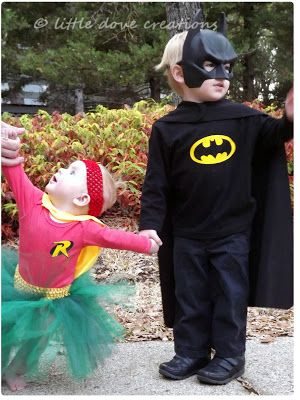 Brother and sister superhero costumes; Batman and Robin